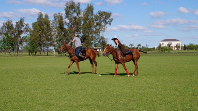 puesto-viejo-estancia-argentina_polo-holidays-and-lessons_02-1024x575