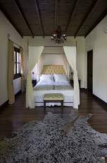 puesto-viejo_estancia-argentina_accommodation_hotel-room-5-680x1024