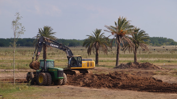 puesto-viejo-estancia-work-in-progress-digging-5